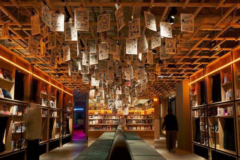 【選書】泊まれる本屋「BOOK AND BED TOKYO」新宿店のブックセレクションを行いました