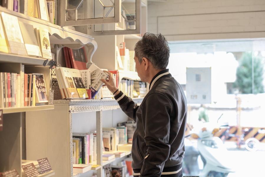 すべてはホリエモンとの会話から始まった ―編集長が聞いた!奥渋谷の本屋「SPBS」の秘密<1>