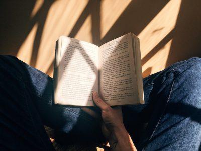 【イベント】知らない本や視点に出会える1時間の読書会。SPBSブッククラブ vol.1