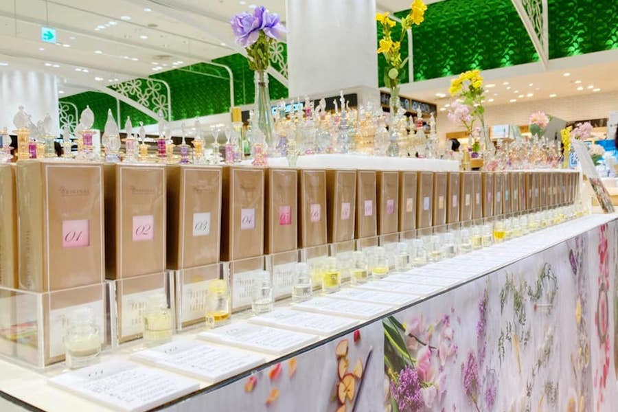 【フェア】毎日の生活をより華やかに彩る、31種類のオイルの香水〈The PERFUME OIL FACTORY〉POP UP SHOP