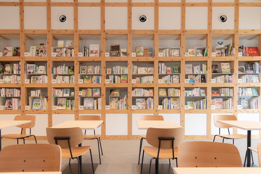 【お知らせ】三重県多気町VISON内〈kiond〉のブックディレクションを行いました